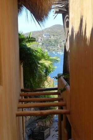 Casa Cuitlateca: view from stairwell