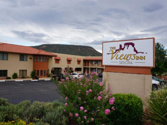 ‪‪The Views Inn Sedona‬: Front View‬
