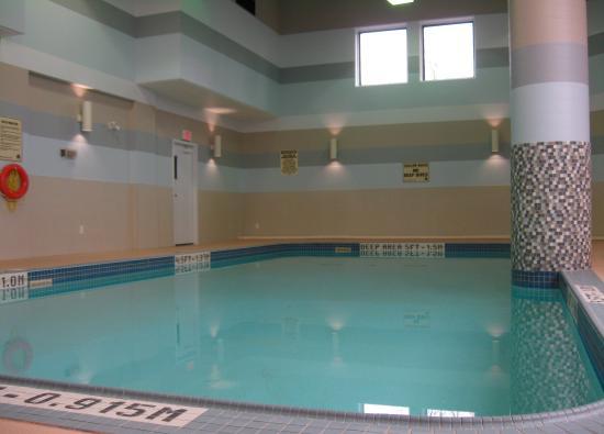 BEST WESTERN PLUS Cambridge Hotel : Pool Picture
