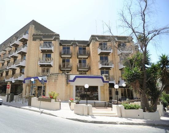 The bugibba hotel malta reviews photos price for Hotels malte