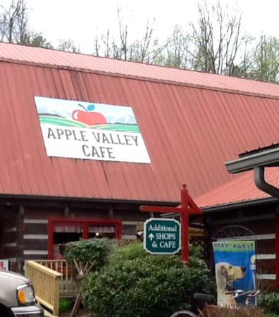 Apple Valley Cafe : Eat and shop