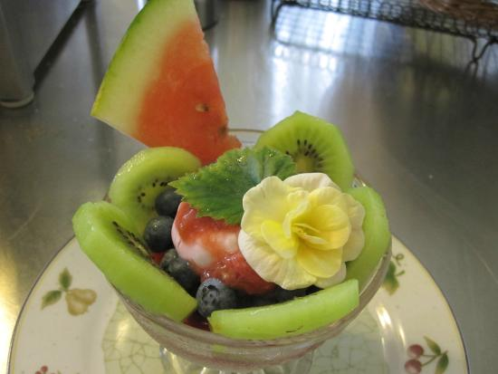 Green Woods Inn: Fruit cup