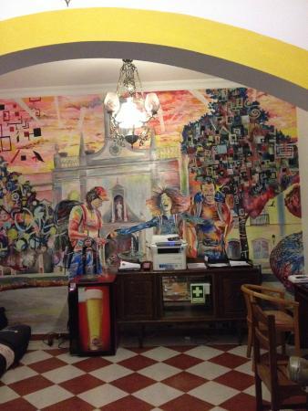 Hostel 33: das bunte Gemeinschaftszimmer