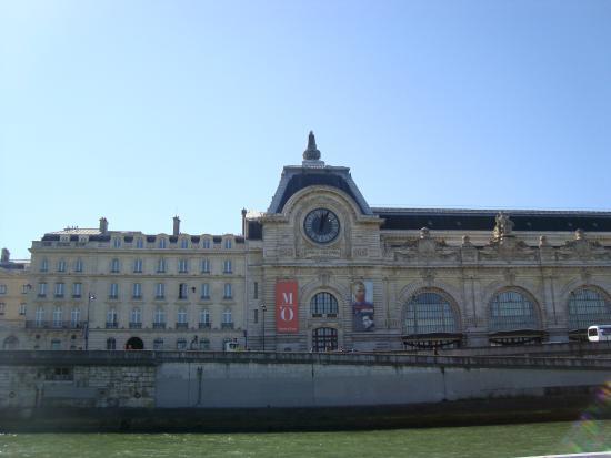 Paris, Frankrike: Pontos turístcos vistos do passeio de barco (D'Orsay)