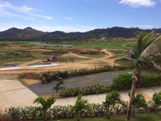 Las Verandas Hotel & Villas : Les travaux vus de ma chambre