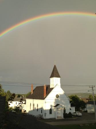 Penny's B & B: Divine rainbow next door