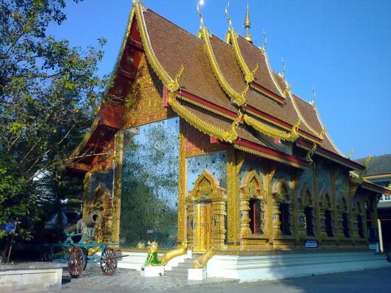 Mae Sot, Thailand: Wat Mani Phraison