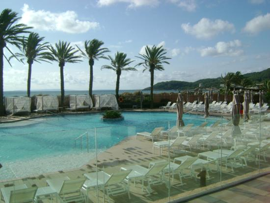 piscina picture of hard rock hotel ibiza playa d 39 en bossa tripadvisor. Black Bedroom Furniture Sets. Home Design Ideas