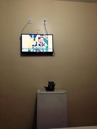 Pousada Raio de Sol: TV de tela plana