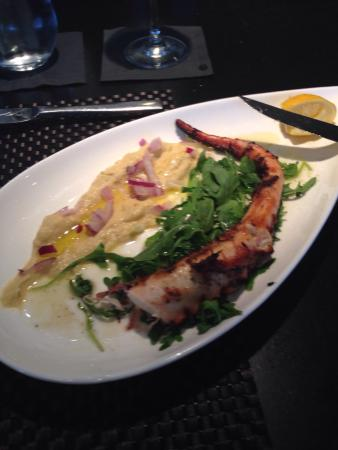 Nostos : Fantastic grilled octopus