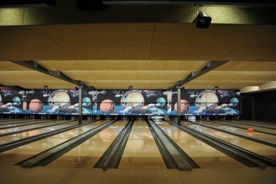 Echandens, สวิตเซอร์แลนด์: Miami Bowling