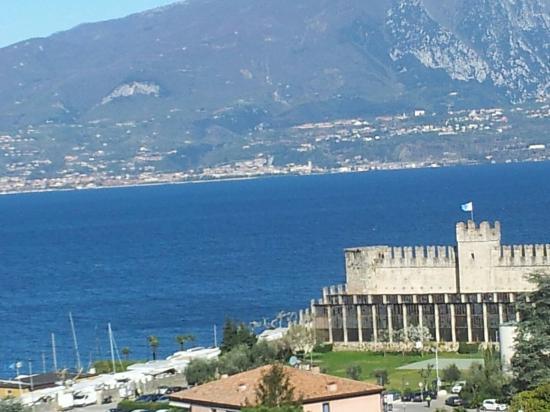 Il Castello Scaligero di Torri del Benaco