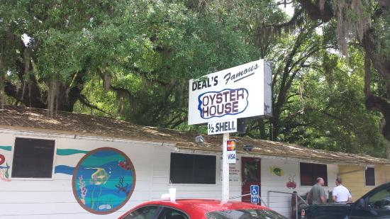 Deal's Famous Oyster House: Outside of Deal's