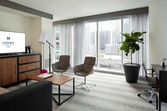 Loews Chicago Hotel Lake View Suite Parlor