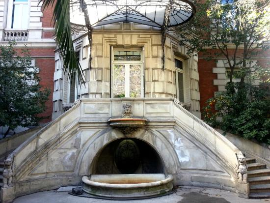 Palacio de linares acceo dede jardin picture of casa de for Casa america madrid