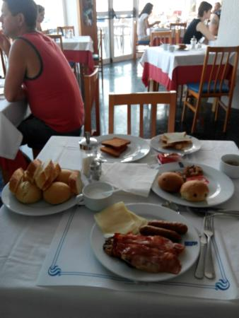azuLine Hoteles Mar Amantis I & II : Colazione