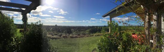 Kaimai Country Lodge: View from the Matakana Room