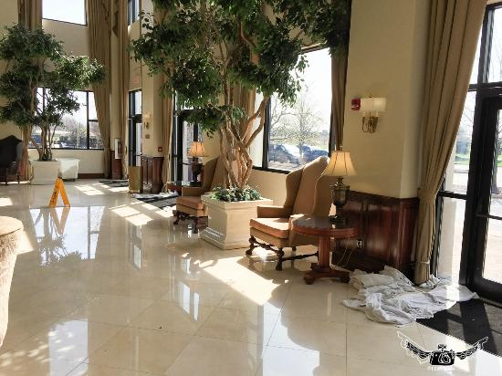 Holiday Inn Wilmington: it's easier just to leave them for the guests to pick up