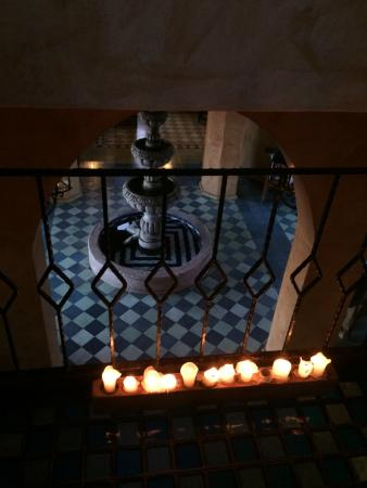 Villa Santa Cruz: They light up the villa with candles in the evenings