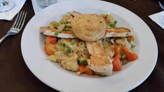 Flint Hill Public House : Chicken & Dumplings