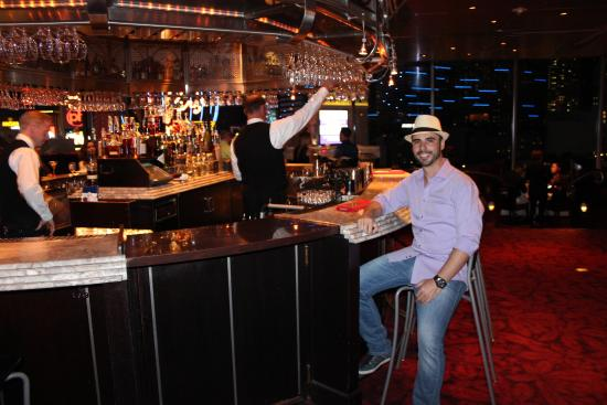 eiffel tower restaurant at paris las vegas picture of eiffel tower