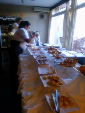 Gran Hotel Flores: Desayuno