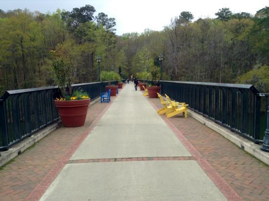 Bridge Between Zoo And Garden Picture Of Riverbanks Zoo