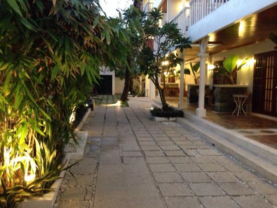 Hey! Jude Resort Hotel: Территория отеля