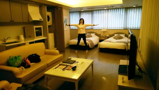 Hotel Live Artex: 房間空間很大很大,設備齊全