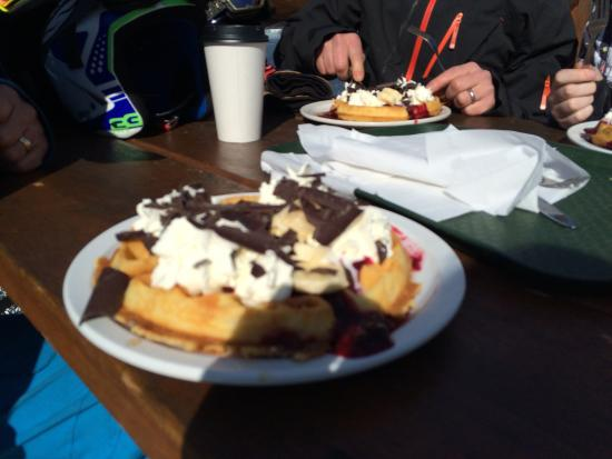 Crystal Hut: Waffles on the mountain