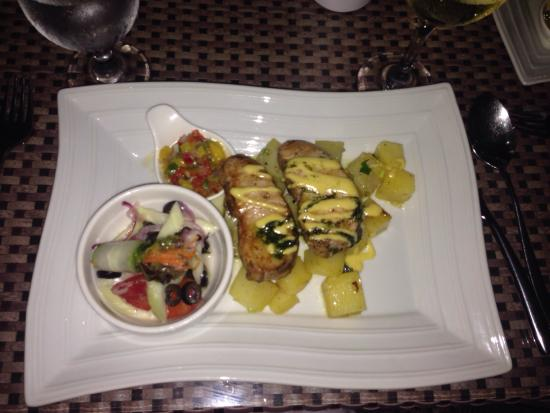 Al Fresco Bar and Restaurant: Ужин