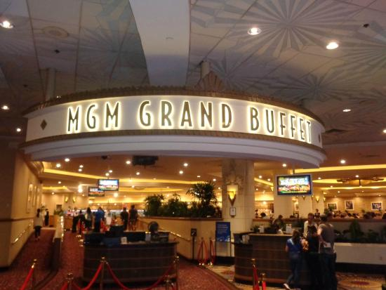 Mgm prime rib and crab legs picture of mgm grand buffet for Fish restaurant mgm