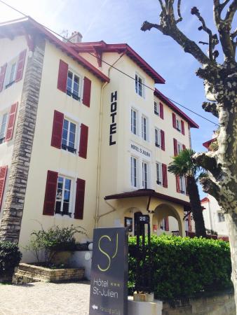 Hotel  Saint-Julien: Так выглядит отель, как частный дом