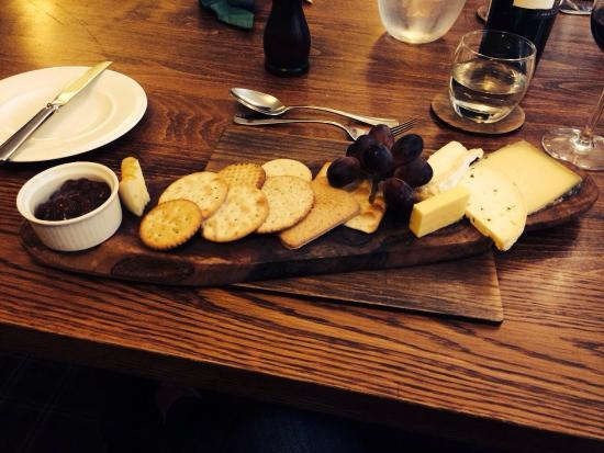The White Hart Hotel: Delightful cheese board