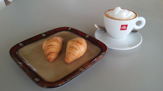 Wooden Bakery & Coffee Shop