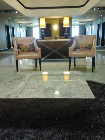 Coastlands Umhlanga: Lounge in floor 5