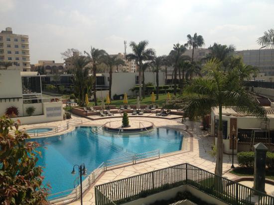 Lits picture of mercure cairo le sphinx giza tripadvisor for Le jardin hotel mercure