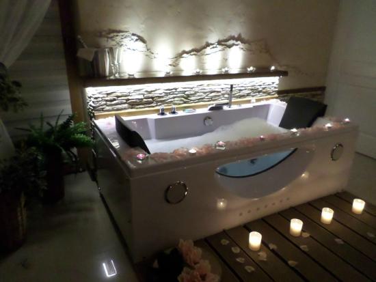Apartament Romantica Z Jacuzzi Picture Of Limba Apart House