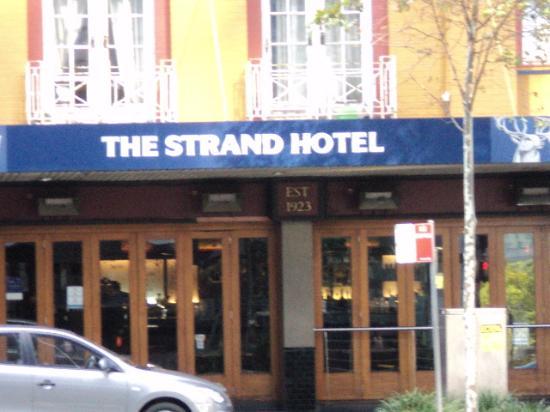 The Strand Hotel: Strand Hotel  William St .