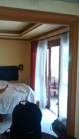Samui Hostel: Room in the mirror