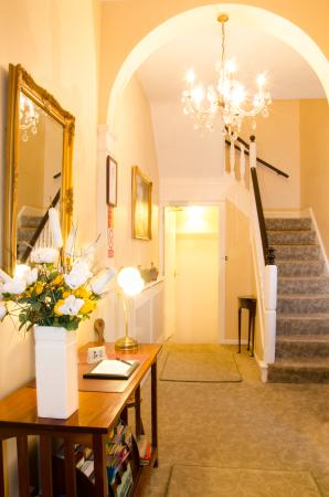 Hedley Villa Guest House