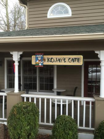 Kojay's Eatery & Coffeehouse: Main entrance blocked so go around to the side.
