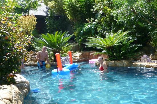 Littlewood Garden Pool