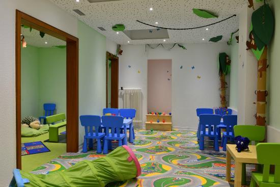 Hotel Sonnenhügel: Dauerspielraum