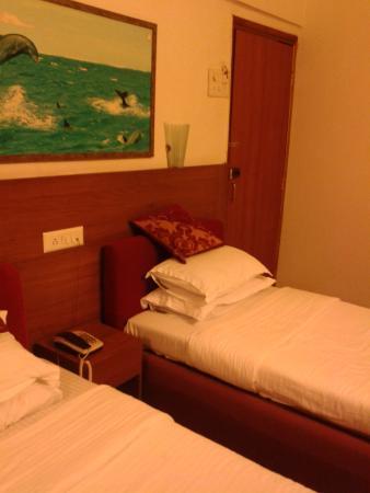 Hotel Samraj: BED