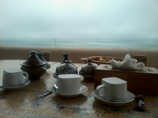 Dar Rio Oro : breakfast