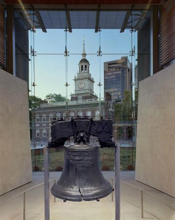 Photo of Monument / Landmark Independence Hall at Chestnut Street Between 5th And 6th Streets, Philadelphia, PA 19106, United States