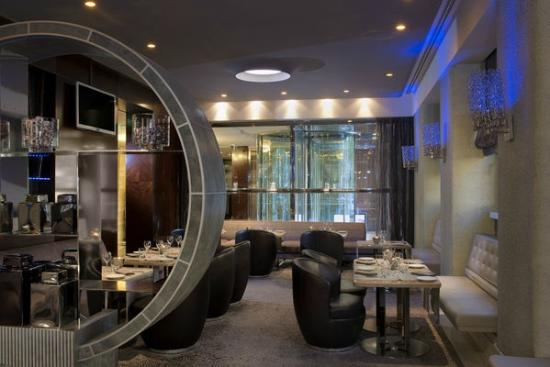 Blue Lounge Bar & Restaurant