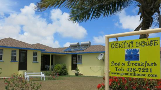 Gemini House Bed & Breakfast