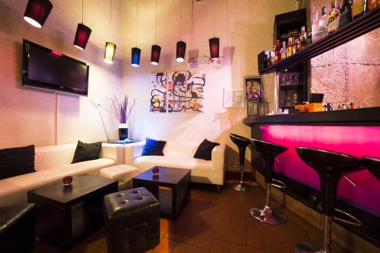 MIRO' lounge bar